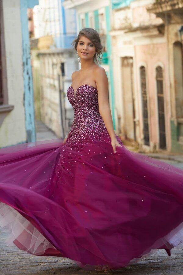 Simply Elegant Swindon Prom Dresses